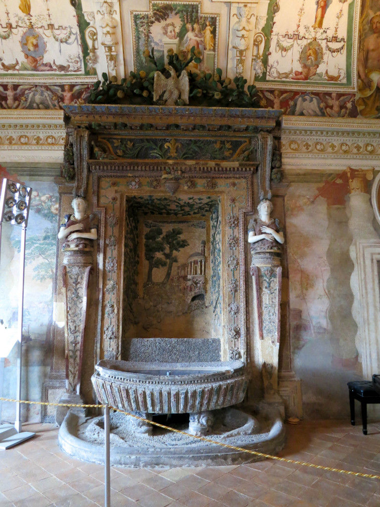 The Magical Fountains in Villa d\'Este | Travel | Wandering Helene