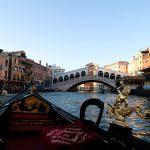 grand canal venice italy rialto gondola ride