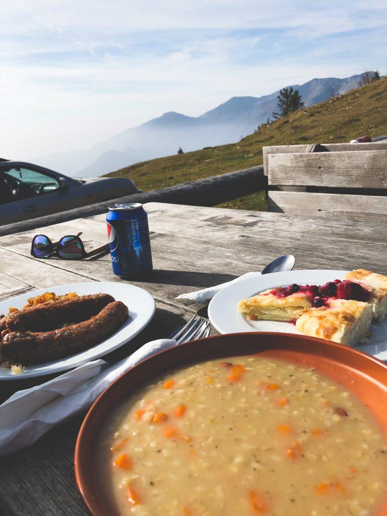 ricet, struklji, velika planina at gostišče zeleni rob