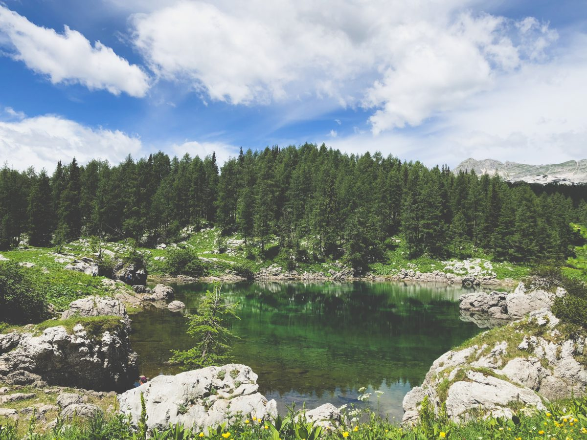 hiking triglav lakes
