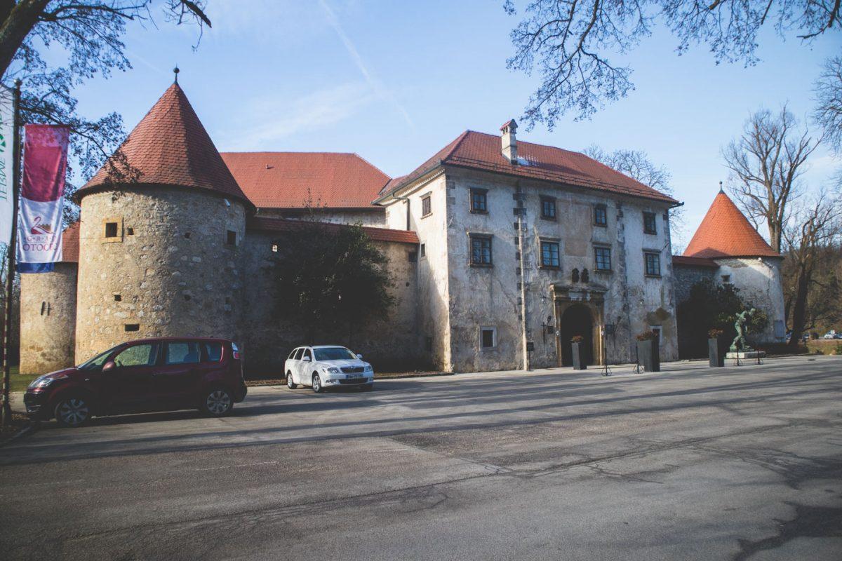 dolenjska slovenia otočec castle