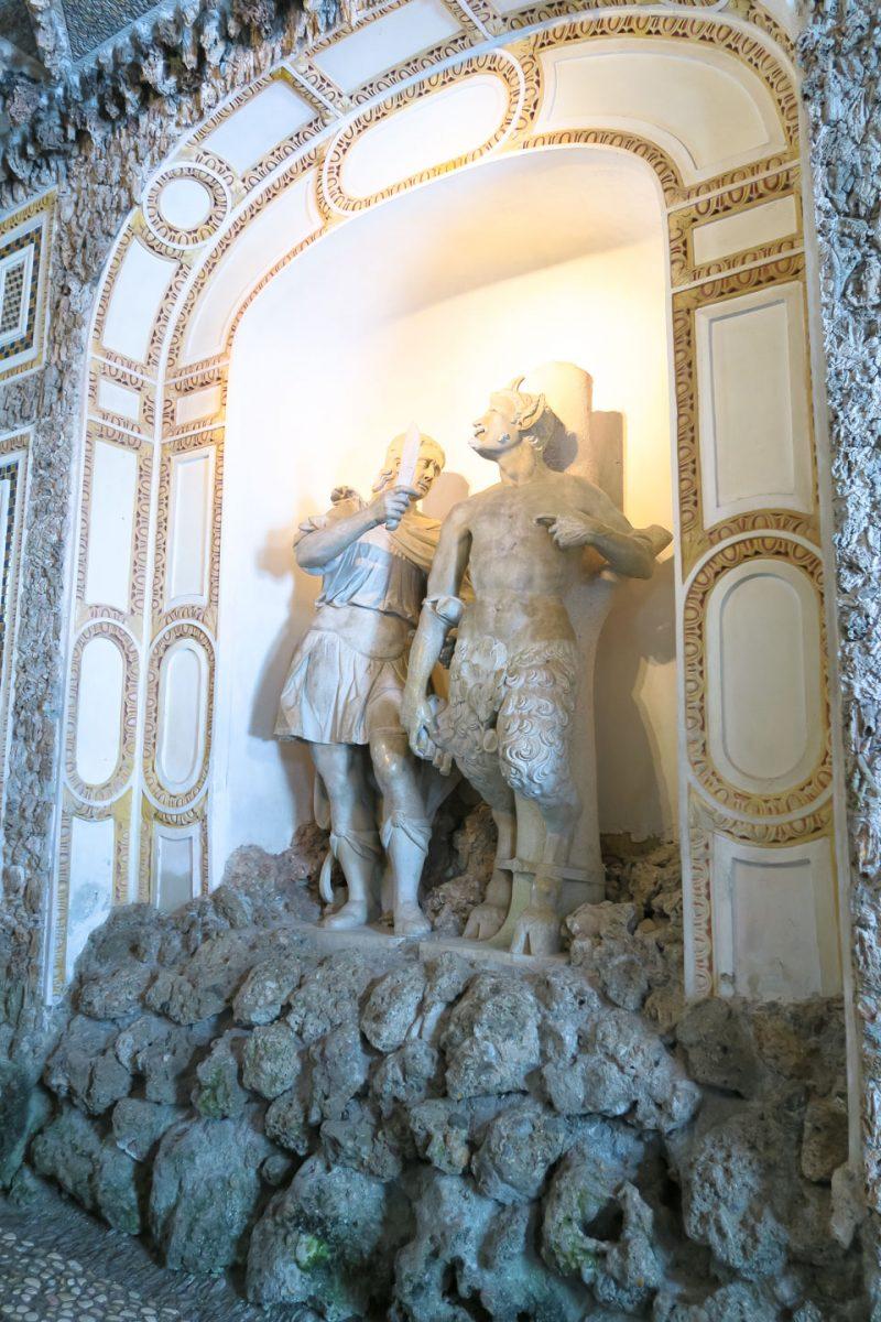 hellbrunn fountain statue