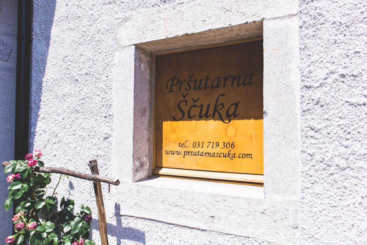 Prsutarna Scuka in Slovenia