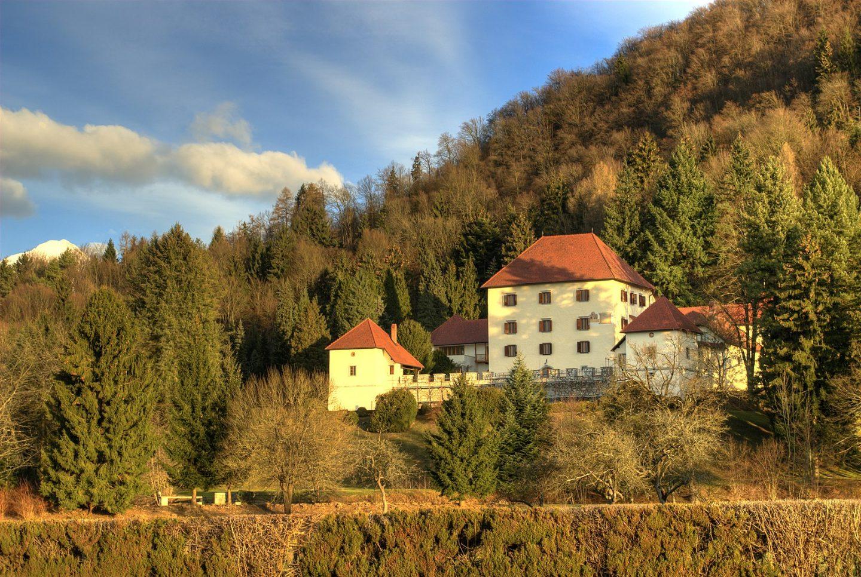 strmol castle slovenia