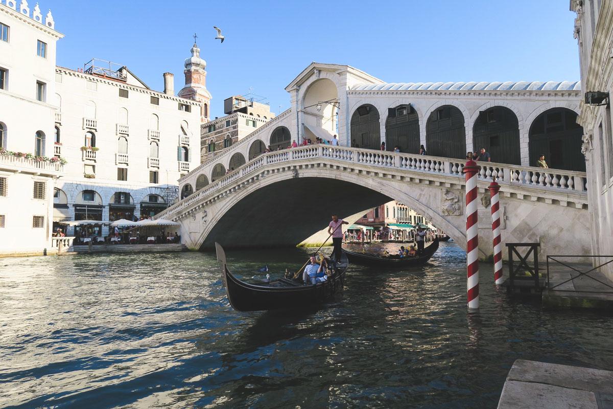 rialto bridge venice italy itinerary